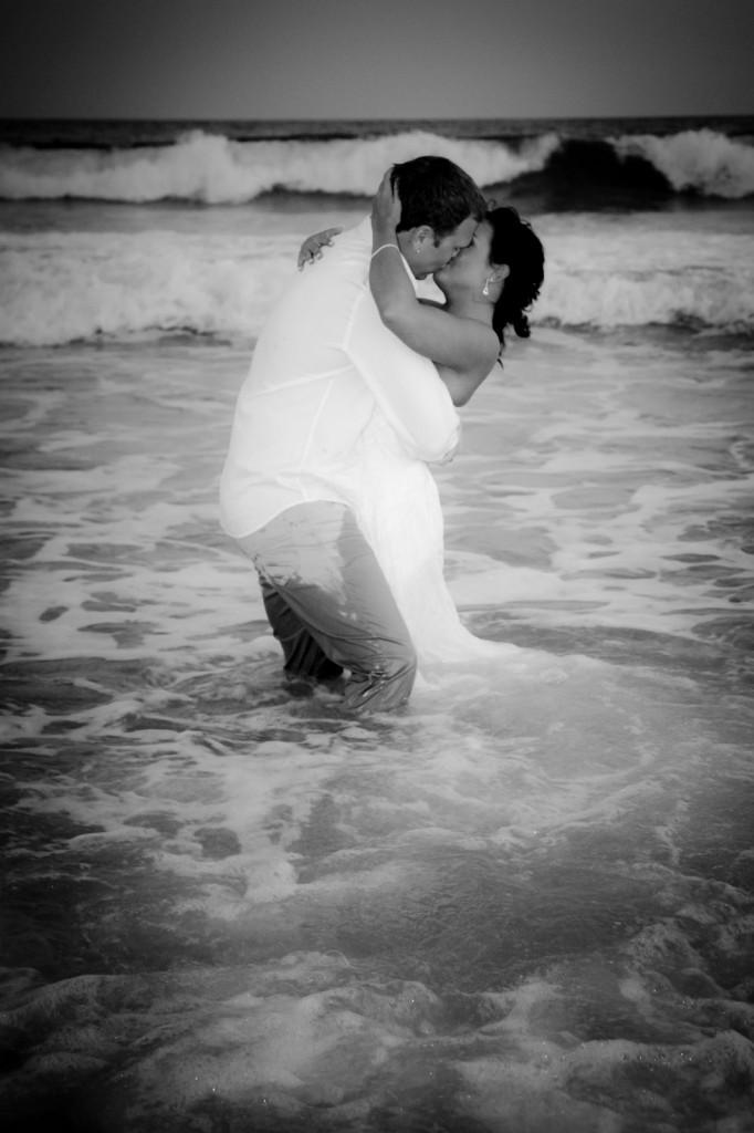 http://www.prwedding.com/wp-content/uploads/2011/07/prwedding-37-682x1024.jpg