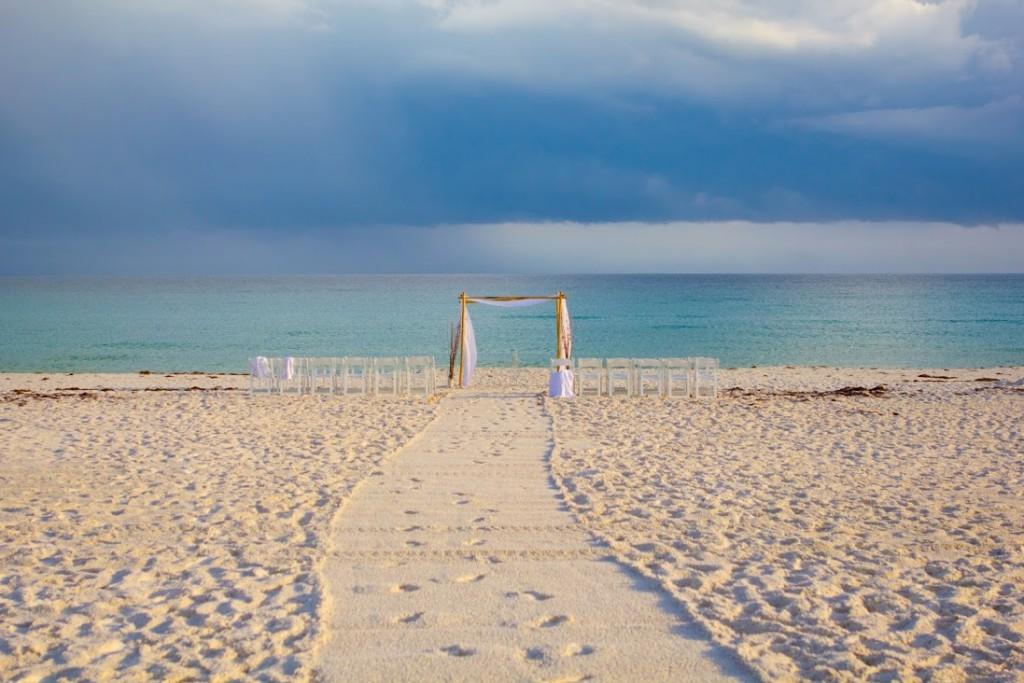 Real Destin Beach Weddings April And Brandon Destin Beach Weddings In Florida