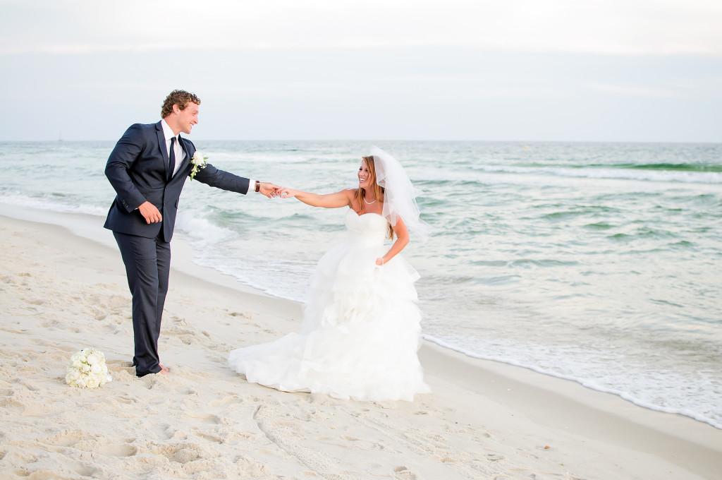 Real Panama City Beach Weddings Meghan And Jefferey Destin Beach Weddings In Florida