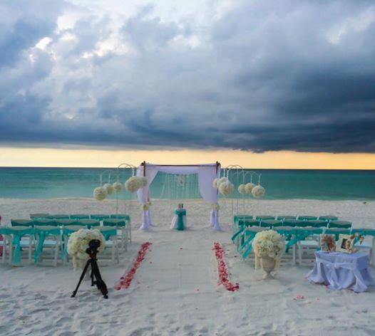 Destin Beach Weddings: Real Destin Beach Wedding: Sarah And Anthony » Destin